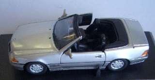 MERCEDES 320 SL CABR. ARG 1/43