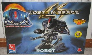ROBOT DEL FILM   LOST IN SPACE