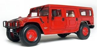 HUMMER STATION WAGON      1/18