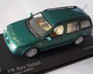 BORA VARIANT VW VERDE '99 1/43