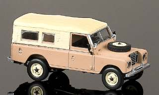 LAND ROVER SERIE III 109  1/43
