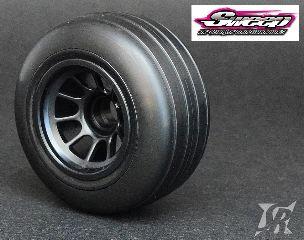 Gomme F1 anteriori 1/10 da bagnato incollate su cerchi Sweep Racing