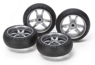 GOMME BOMBATE          MINI4WD