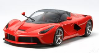 LaFerrari    KIT IN SCALA 1/24