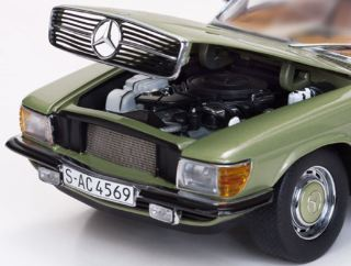 MERCEDES BENZ 350 SL      1/18 VERDE HARD TOP COUPE 1977