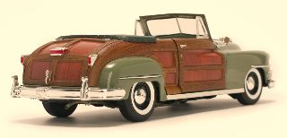 CHRYSLER TOWN & COUNTRY   1/18
