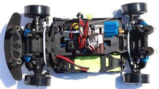 HIMOTO EDC-16 DRIFT 1/16 ROSSA 4x4 MONTATA CON RADIO 2,4Ghz