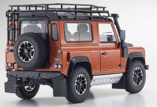 LAND ROVER DEFENDER 90 ADVENTURE PHOENIX ORANGE 1/18