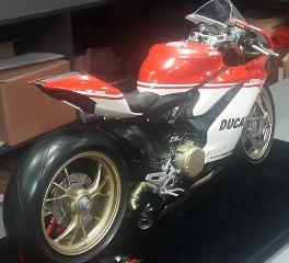 Ducati 1299 Panigale S anniversario scala 1/4 kit di montaggio Pocher