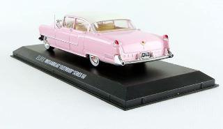 Cadillac Fleetwood 1955 con figura 1/43
