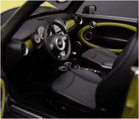 MINI COOPER CABRIO GIALLO 1/18
